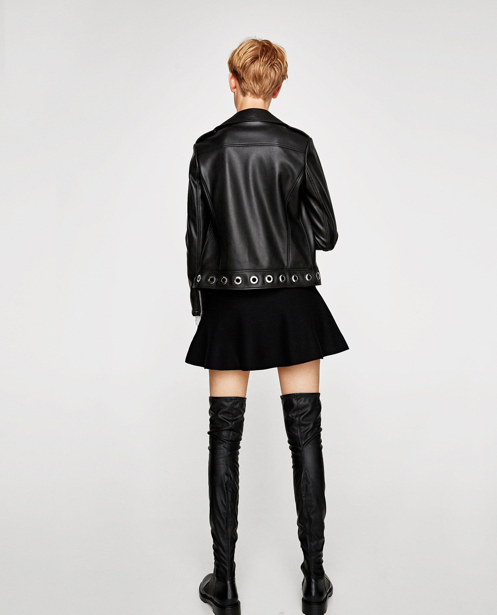 ΜΠΟΥΦΑΝ ΜΕ ΥΦΗ ΔΕΡΜΑΤΟΣ ΚΑΙ ΟΠΕΣ Faux leather jackets