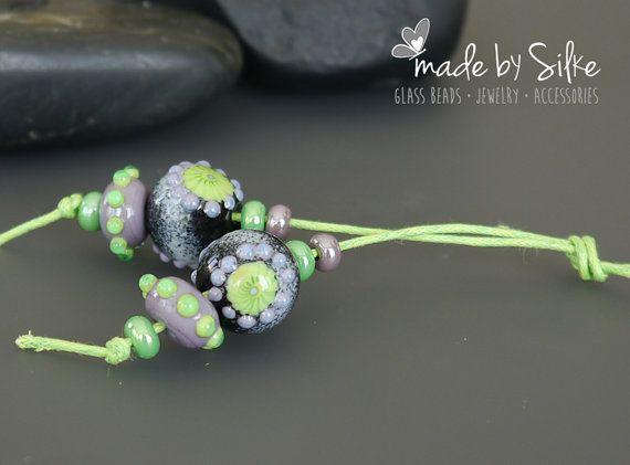Handgemaakte lampwork kraal earring paar door BeadsBySilke