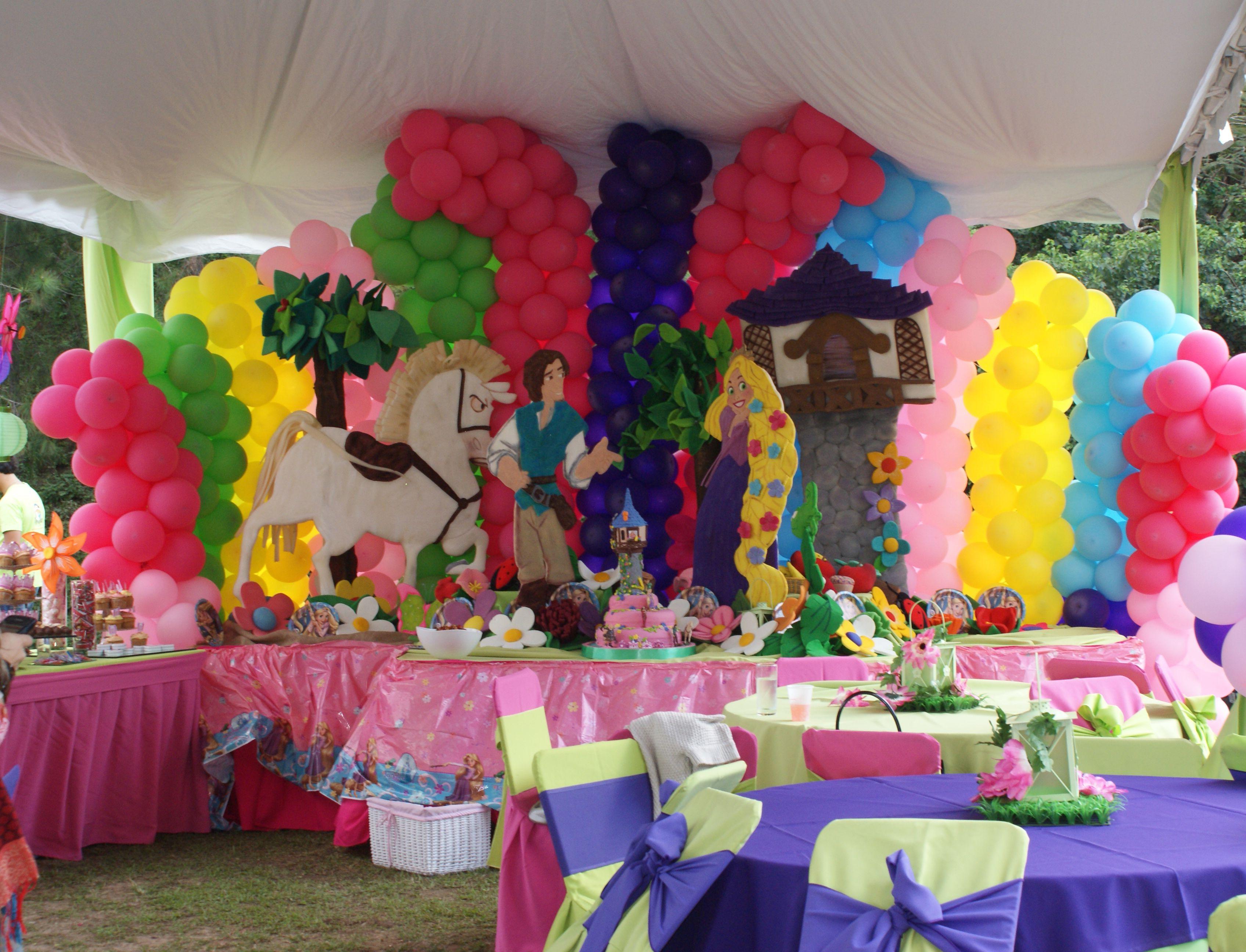 Decoraciones de fiestas infantiles pi atas y centros de - Arreglos fiestas infantiles ...