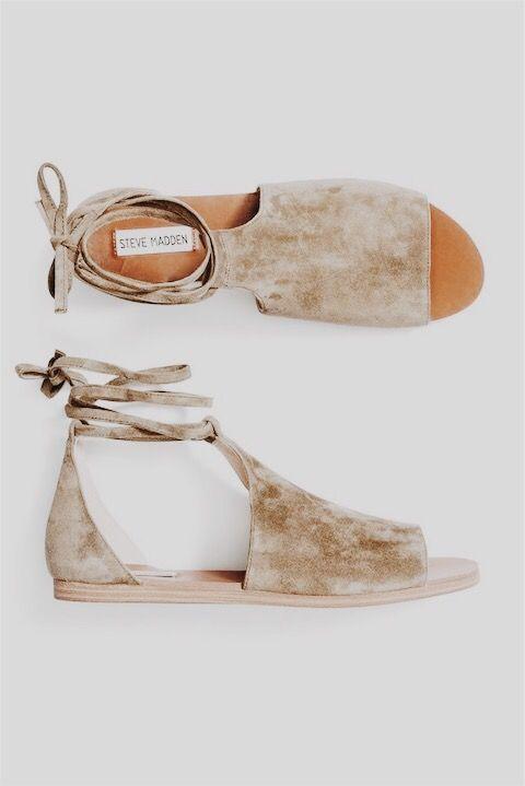 Riemchen Sandalen für Damen aus braunem Leder in Italien von