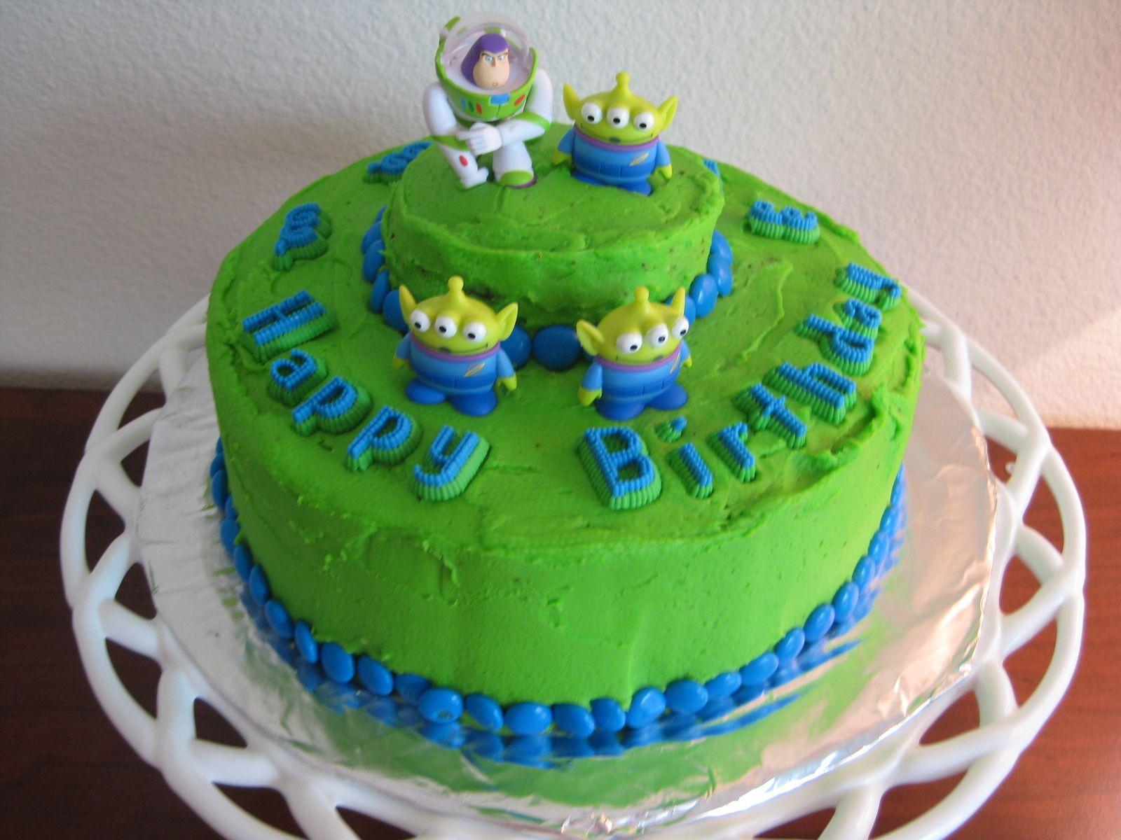 Buzz Alien Birthday Cake Cakes I Like Pinterest Birthday