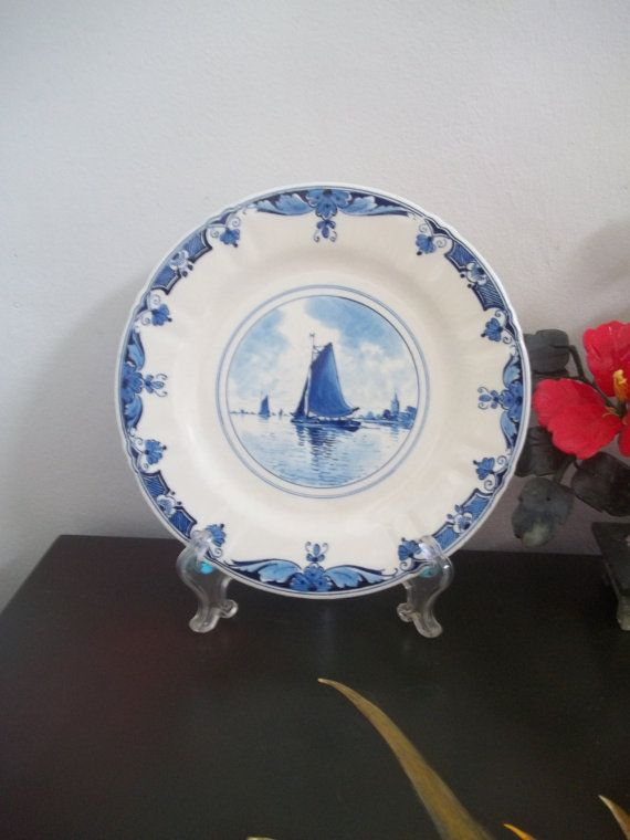 ANTIQUE DELFT Plate #2 1909 WWII Provenance De Porceleyne Fles Blue and White Dish faience majolica Holland Netherlands (Guam/Usa) & ANTIQUE DELFT Plate #2 1909 WWII Provenance De Porceleyne Fles Blue ...