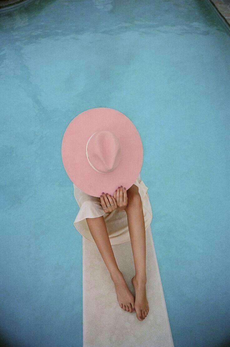 pink hats | summer | pools | big hats | simple