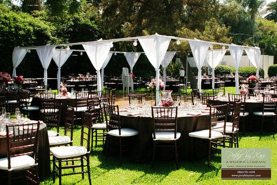 Inexpensive Outdoor Wedding Filed In
