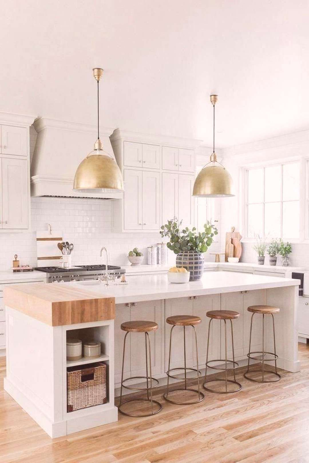 Kitchendesign Pendants Kitchens Finishes Stunning Studio Shade These Great Looks Their Metal Contemporary Kitchen Home Decor Kitchen Kitchen Trends