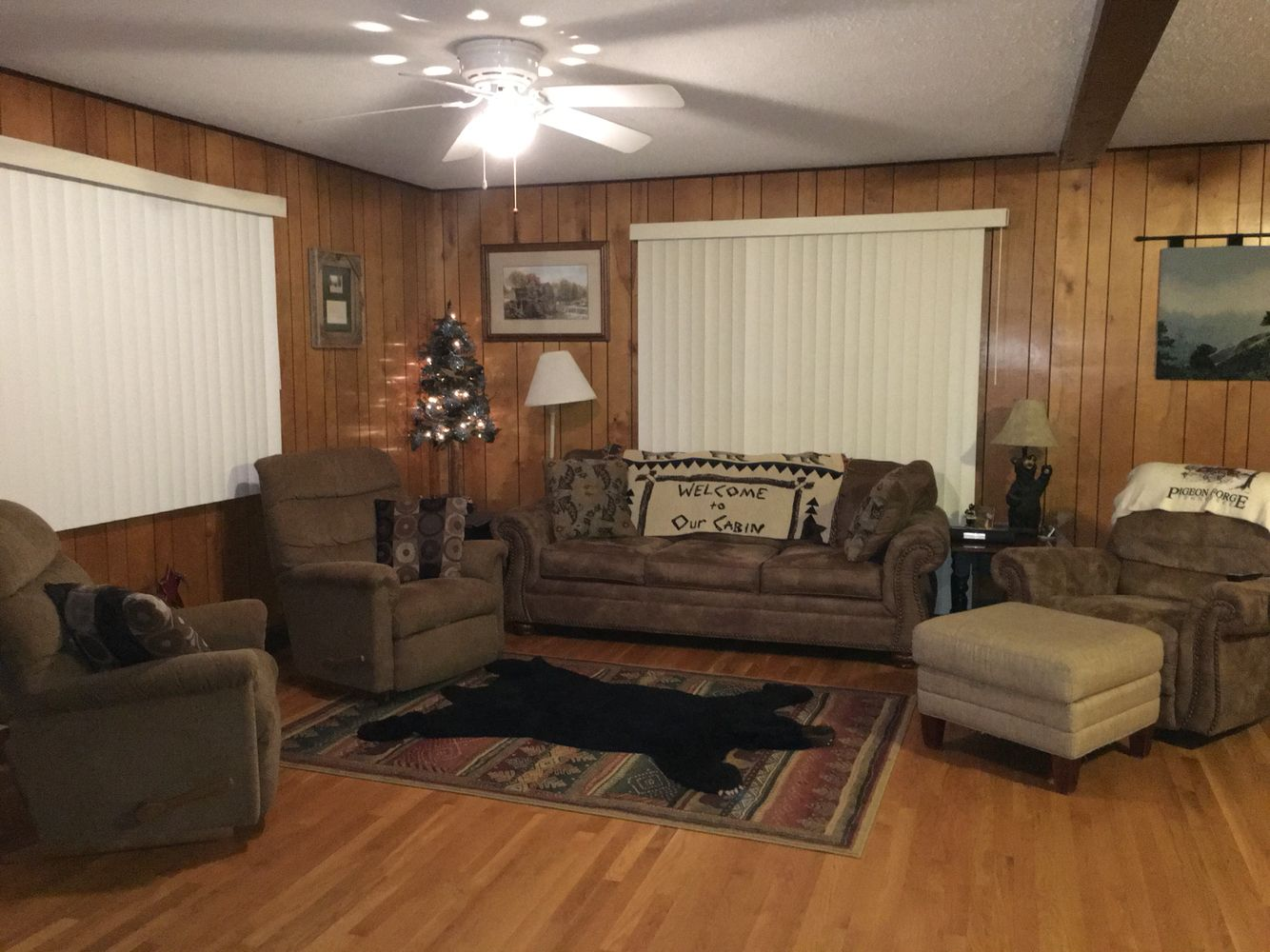 Asbury Cottage has 3 bedroom Smoky Mountain Vacation