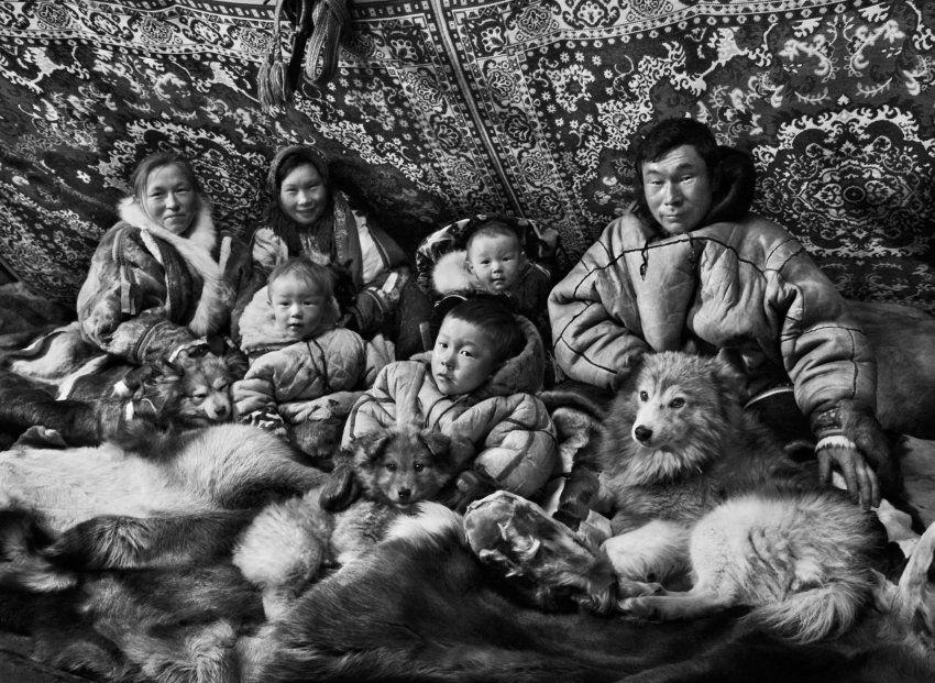 Sebastiao Salgado North SiberiaNenzen-Familie: Laut