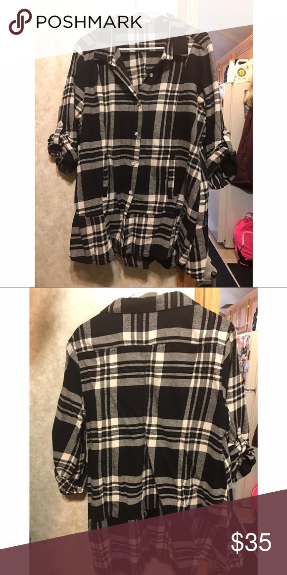 Plaid button up tunic Plaid button up tunic size xxl. Worn a couple times. Tops Tunics