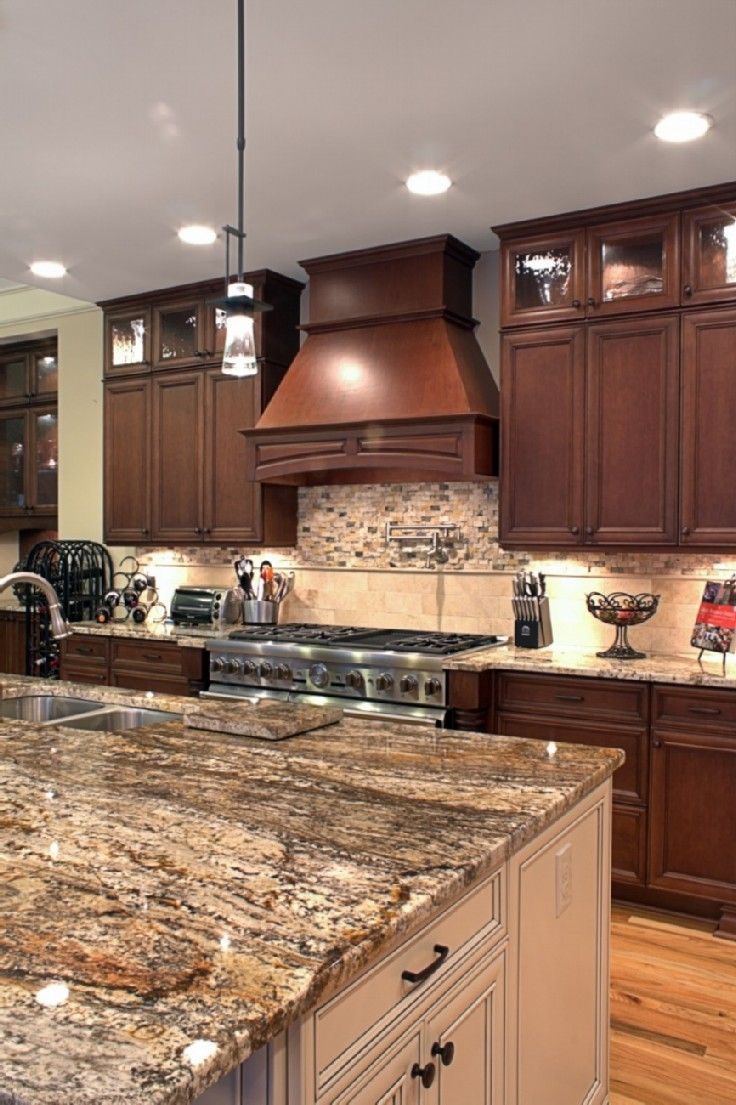 Best I Like The Ceiling Height Cabinetry In The Dark Wood And 640 x 480