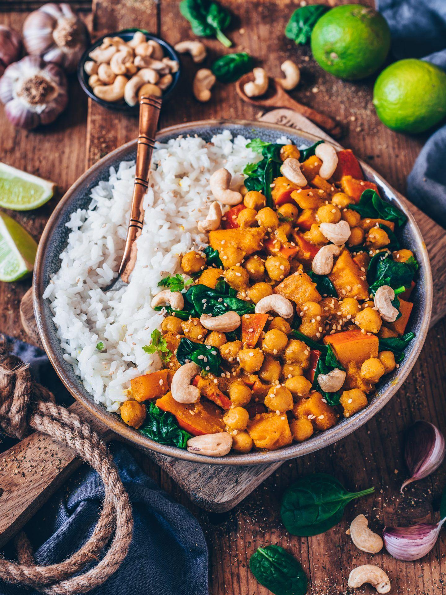 Kürbis-Kichererbsen-Curry (vegan, einfaches Rezept) - Bianca Zapatka | Rezepte #meals