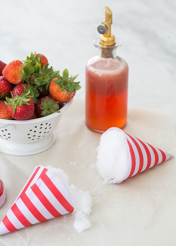 Strawberry Snow Cones great dessert for summer wedding