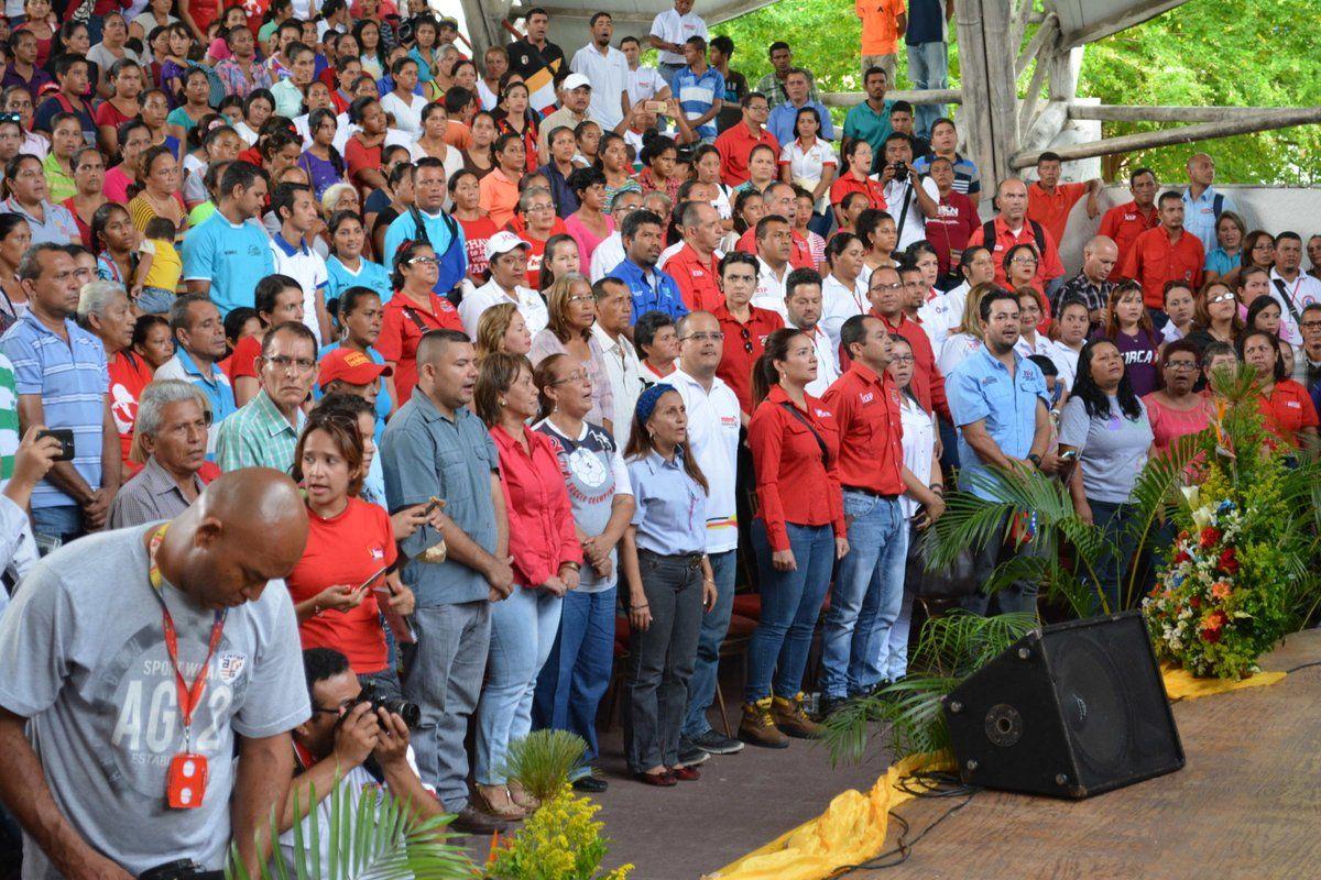@FEdumedia : #VenezuelaPotenciaProductiva Motor de Banca Finanzas y Seguro expondrá nuevos mecanismos de financiamiento a empre https://t.co/wgiIGl81gP