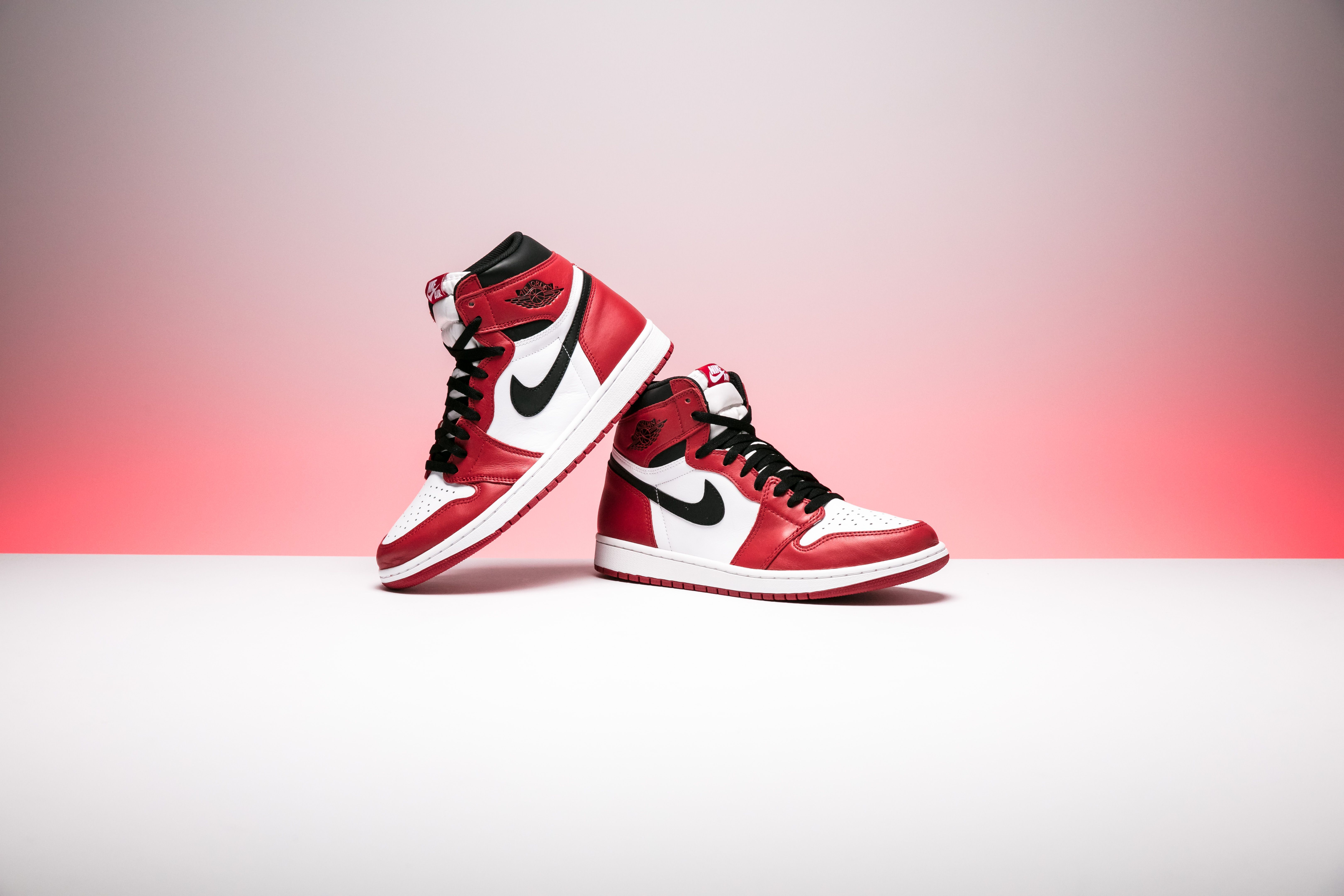 Air Jordan 1 Retro High Og Chicago 555088 101 With Images