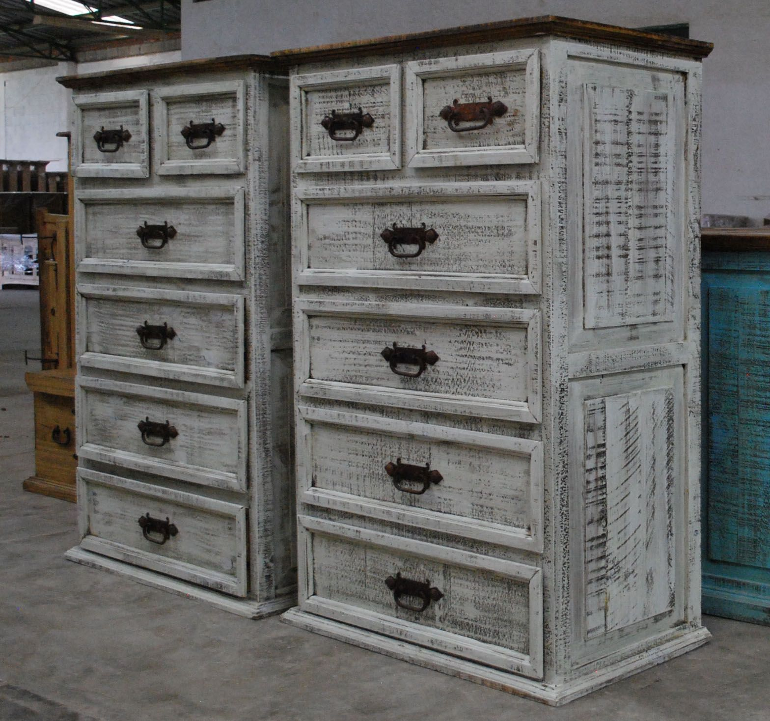 Rustic pine antique white wash bedroom furniture which can