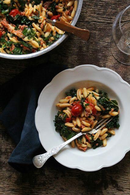 Pasta med chorizo og grønnkål - Mat på bordet