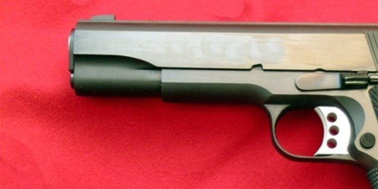 Rutinekontrol førte til fund af skarp pistol