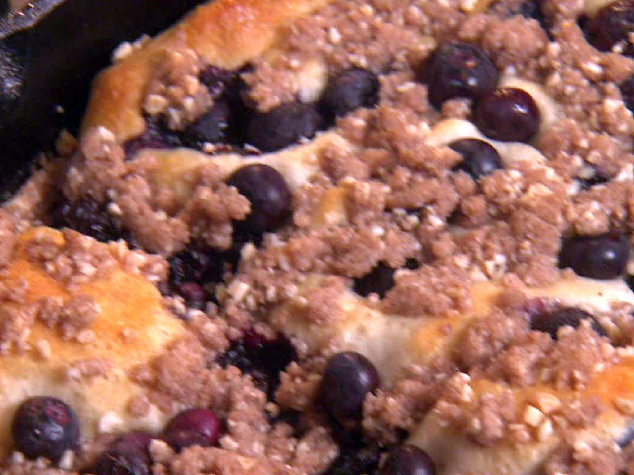 Easy Blueberry Skillet Cake