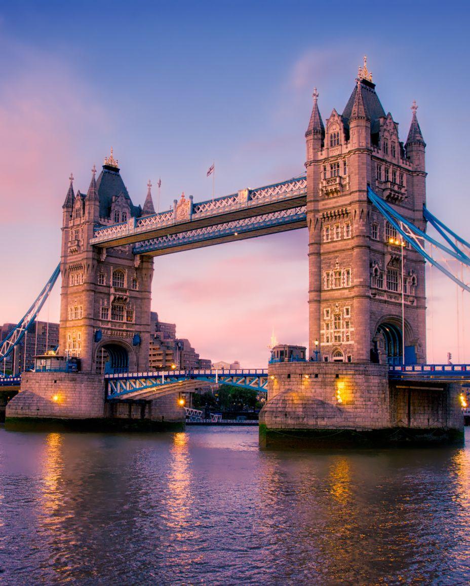Edit your photos with the AirBrush App . Tower Bridge, London . #TowerBridge #London #Quebec #ForthFjord #Scotland #BaluarteBridge #Mexico #SalardeBonneville #NaPaliCoast #ValedeSkagit #SanAntonio #Montpelier #Yosemite #Sequoia #LagoTahoe #HorseshoeBend #NovaOrleans #GlaciarMendenhall #filter #airbrush #retouch