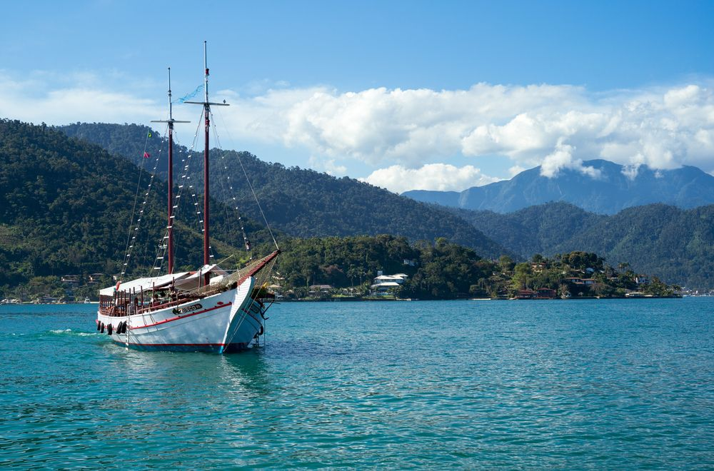 Turismo em Angra dos Reis: o que fazer na famosa praia