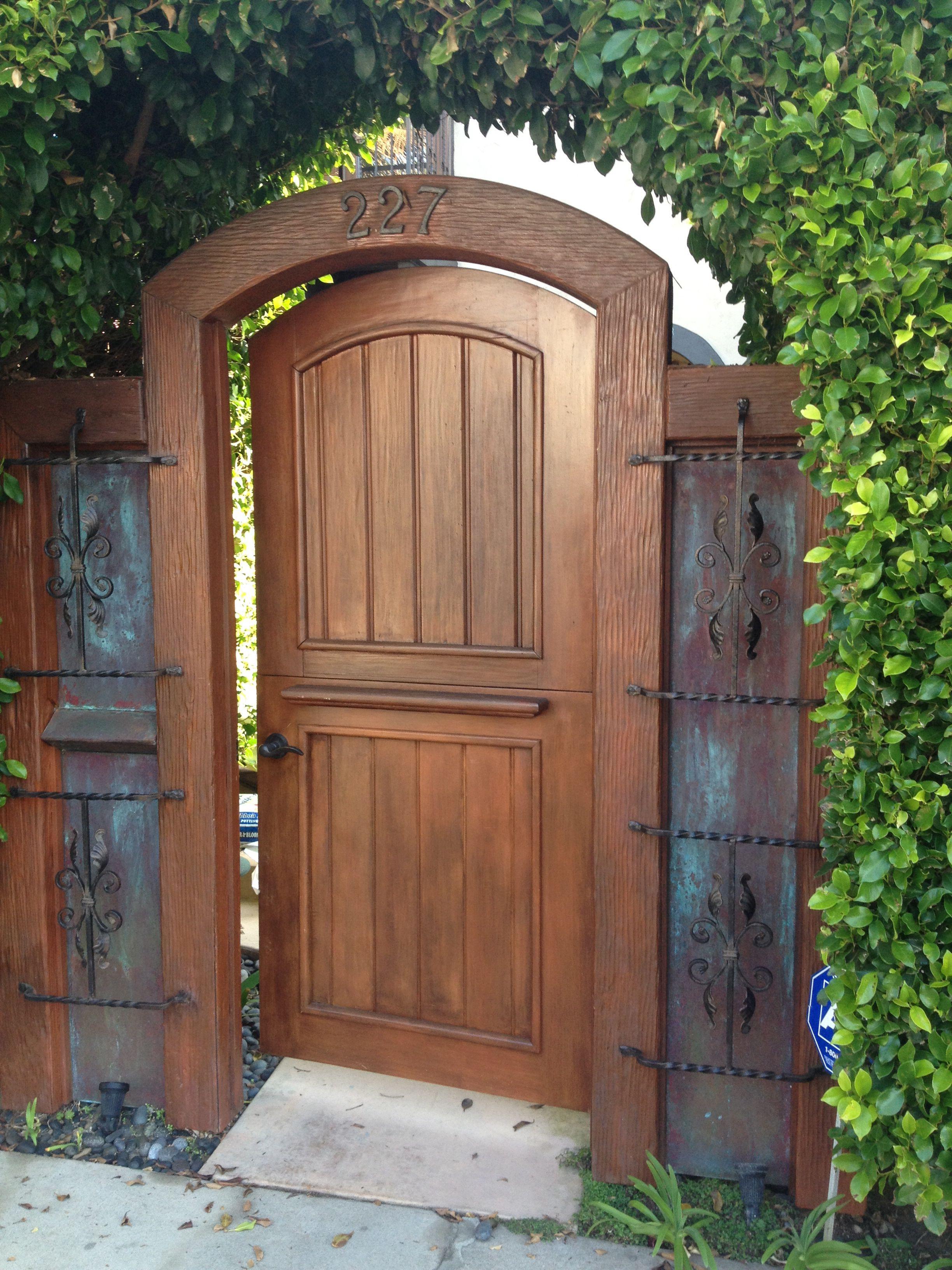 Dutch door, as gate. | Wooden garden gate