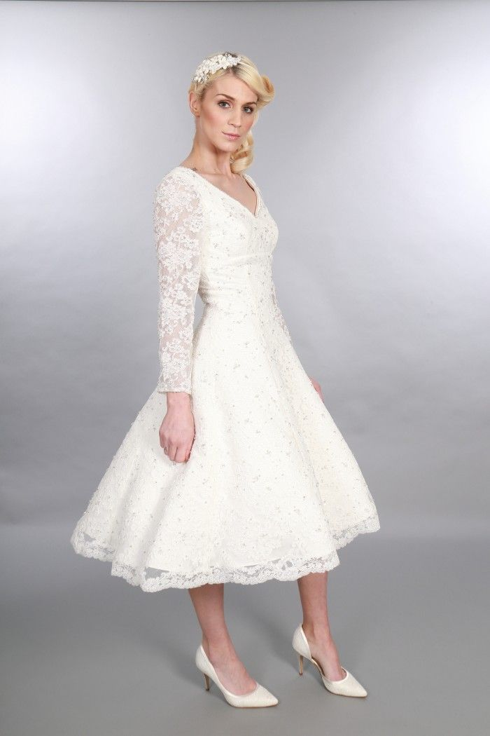 Short Wedding Dresses with Long Sleeves
