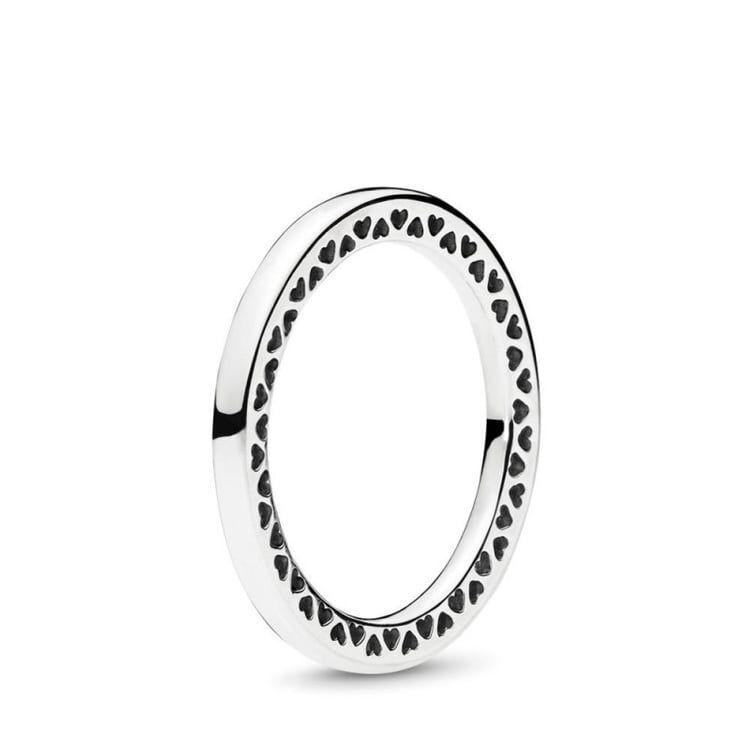 moda super carino tra qualche giorno Pin by Miralakdq kdq on fashion aesthetic | Pandora rings, Pandora ...