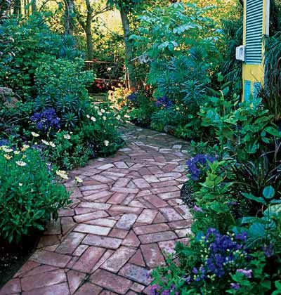 WALKWAYS and GARDEN PATHS The placement of brick can determine