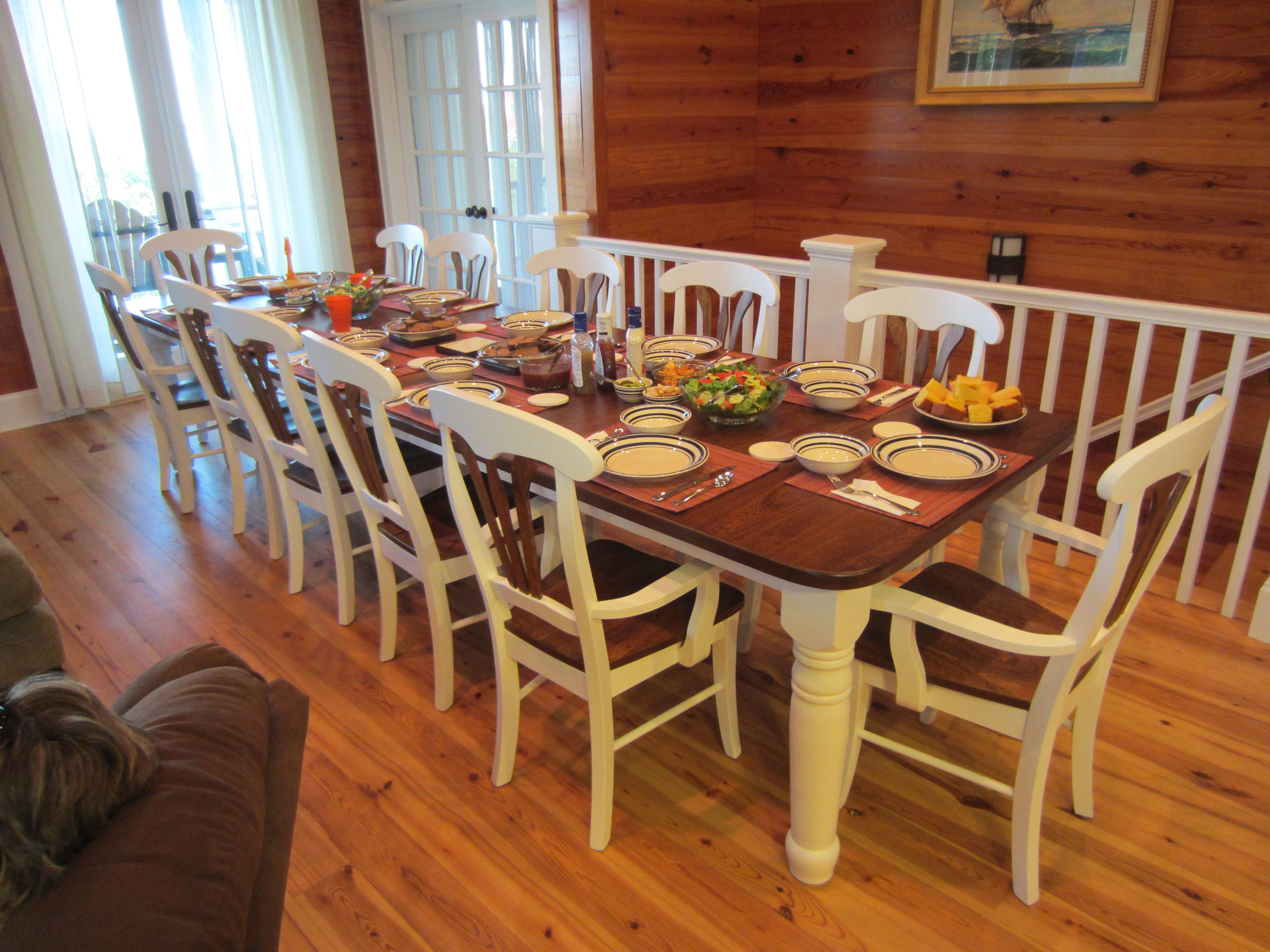 10 Seater Dining Amish Wood Dinng Table And Chairs Seats 10 Google Search