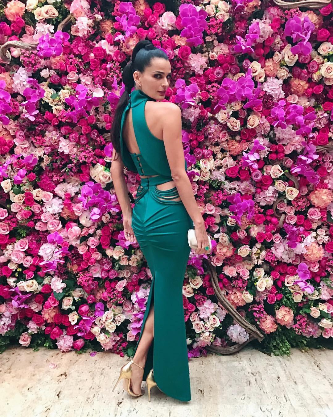 Pin de JÚHBeatriz_ en Vestidos de gala | Pinterest | Vestido de gala ...