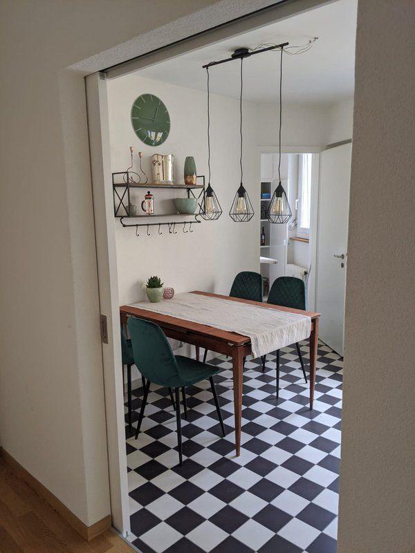 Grosses Wg Zimmer In Zurich Zu Vermieten In 2020 Wg Zimmer Wohnung Zimmer