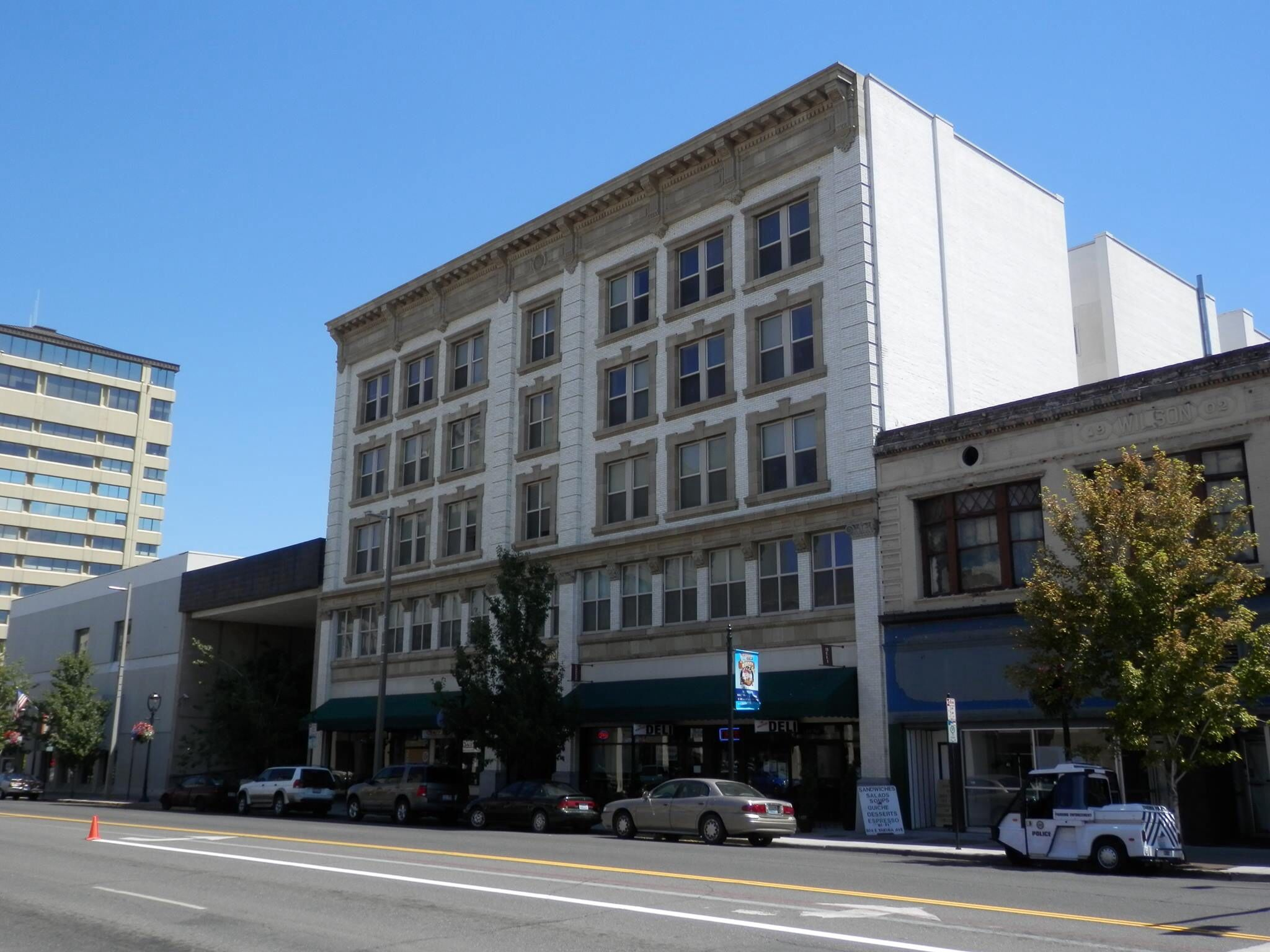 Commercial Hotel Now Low Income Senior Housing On Upper Floors Https Seniorsource Com Yakima Washington Yakima Valley Yakima