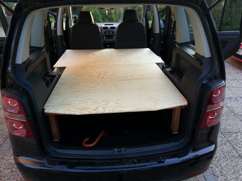 First test of contruction with desks living built-in \/vw touran - k amp uuml chenblock selber bauen