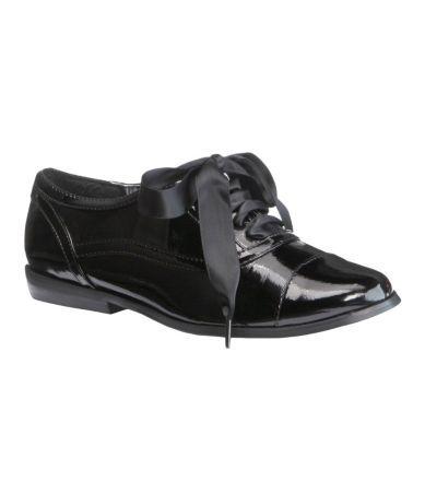Tuxedo shoe