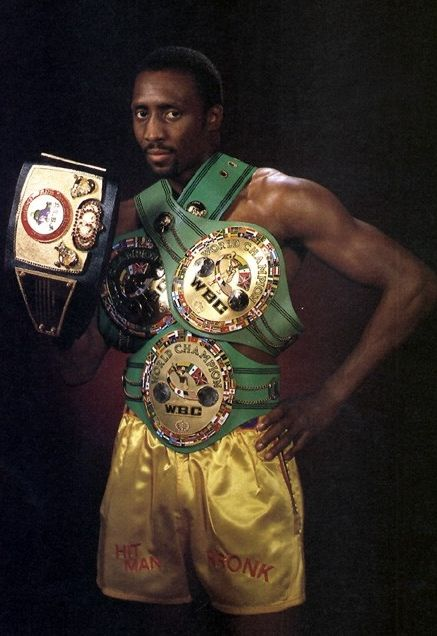 Thomas Hearns American Retired Professional Boxer Who Was Rated In 6 Different Weight Classes Nicknamed The Motor City Boxing History Boxer Boxing Champions