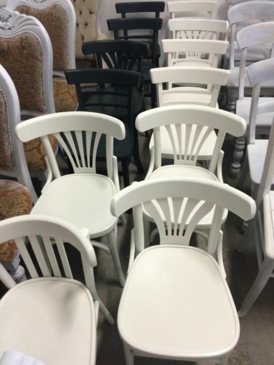 eetkamerstoelen cafstoelen houten stoelen bij oud is nieuw