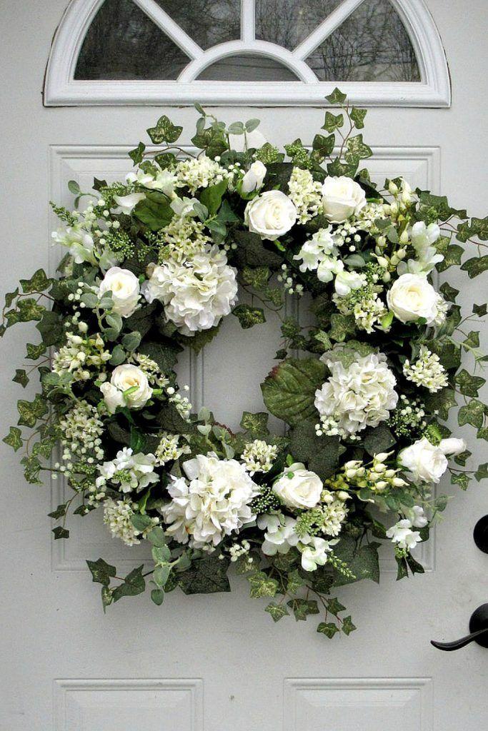 Photo of June Door Wreaths & Centerpieces – Trendy Tree Blog   Holiday Decor Inspiration   Wreath tutorials   Christmas decorations   Mesh & ribbons
