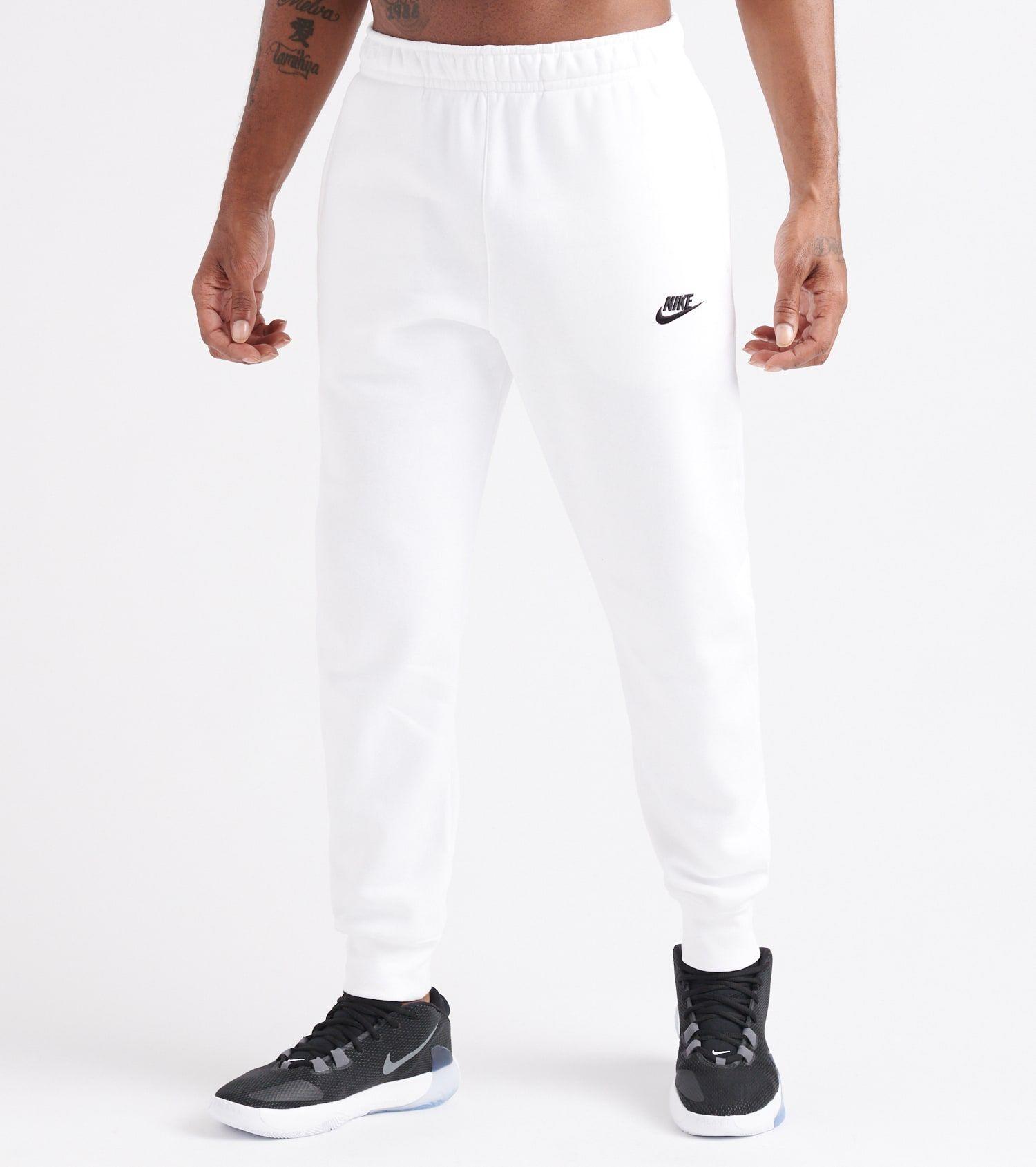 Palacio Hassy evolución  NSW Club Jogger | Nike outfits, White joggers, Mens sportswear