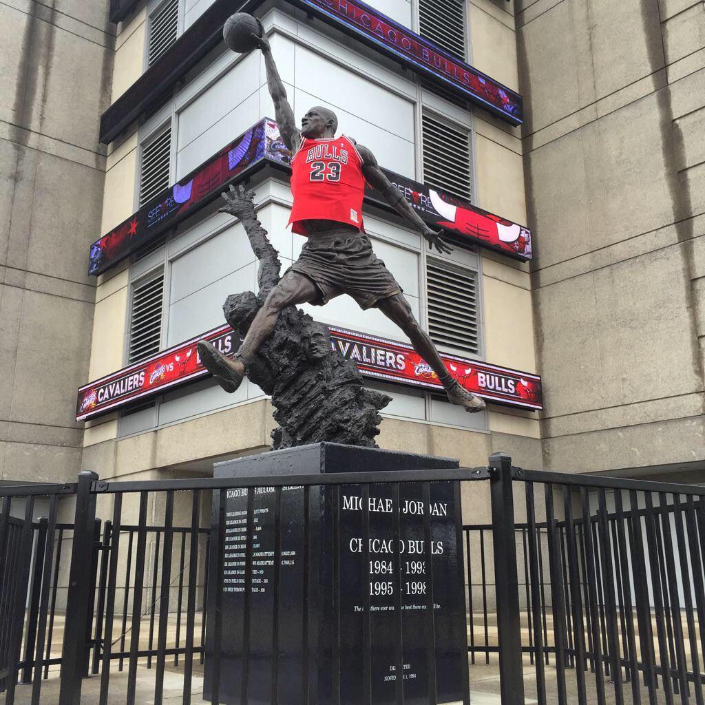 Michael Jordan Statue Michael Jordan Statue Michael Jordan Broadway Shows