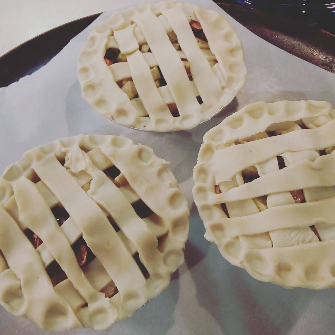 Mimi pies. Apple and cranberry. #food #pdxeats #pie #icooked #baked #homemadepie #yummy #food