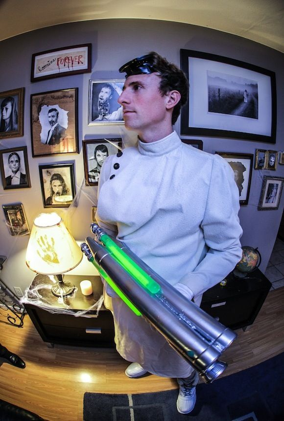 A DIY post for a mad scientist costume or Dr Horrible costume including a glow  sc 1 st  Pinterest & A DIY post for a mad scientist costume or Dr Horrible costume ...