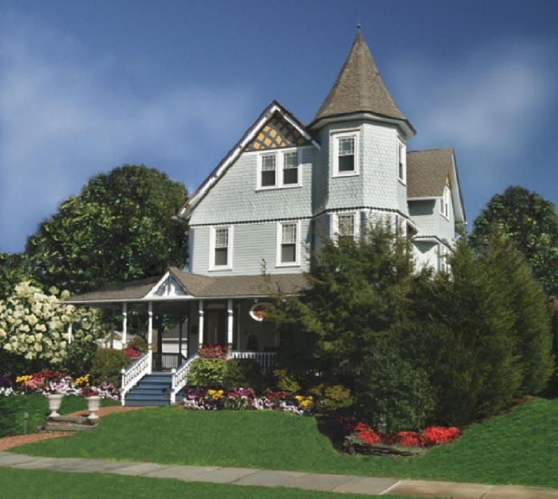 1882 Victorian Queen Anne in Spring Lake