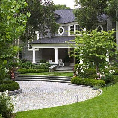 Circular driveway design pictures remodel decor and for Circular driveway landscaping pictures