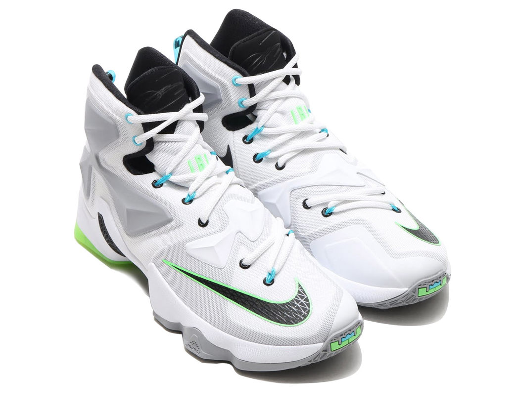 aa1c13cc42b1 Detailed Images Of The Nike LeBron 13 Command Force