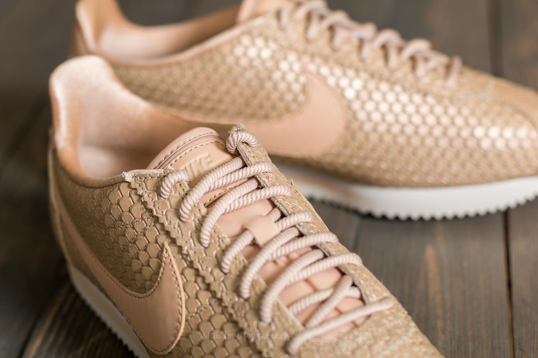 Nike WMNS Classic Cortez SE Blur  Bio Beige-Light Orewood Brown at a great  price 92 € buy at Footshop 4ba512989
