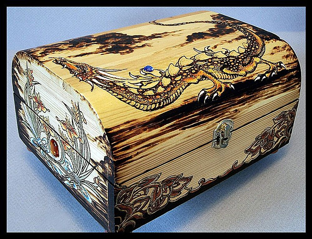 """""""Creeper Dragon"""" Pyrography on wooden Chest http://dreamingtreestudio.com/PyrogPg1.html"""