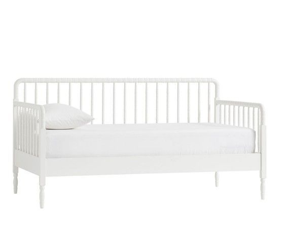 Elsie Daybed Simply White Unlimited Flat Rate Delivery