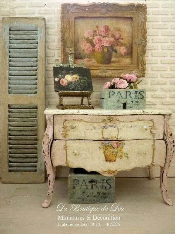 Epingle Par Isabelle Thiry Sur Couleurs Meubles Meuble Style Shabby Chic Decoration Shabby Chic