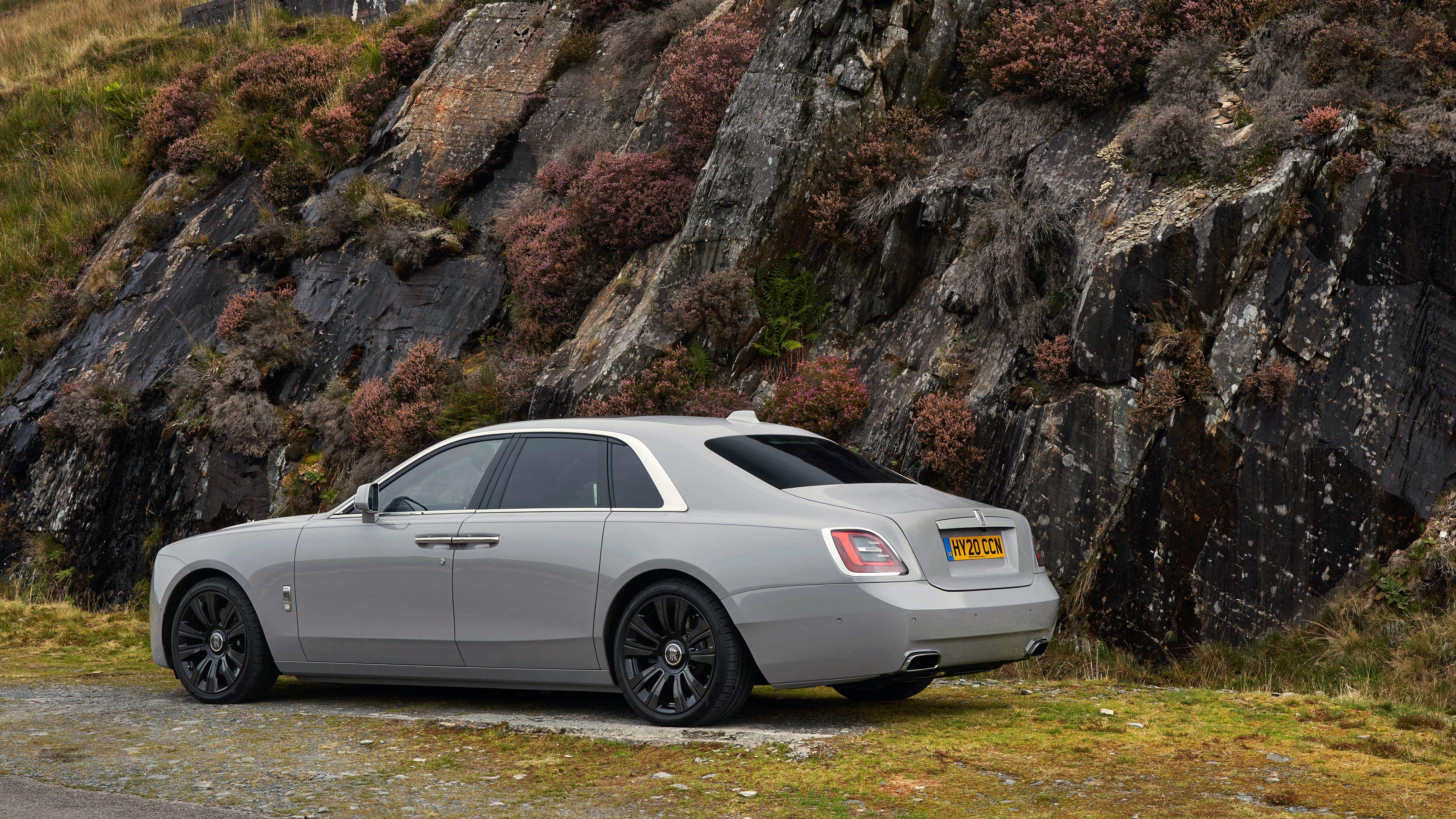 Rolls Royce Ghost 2020