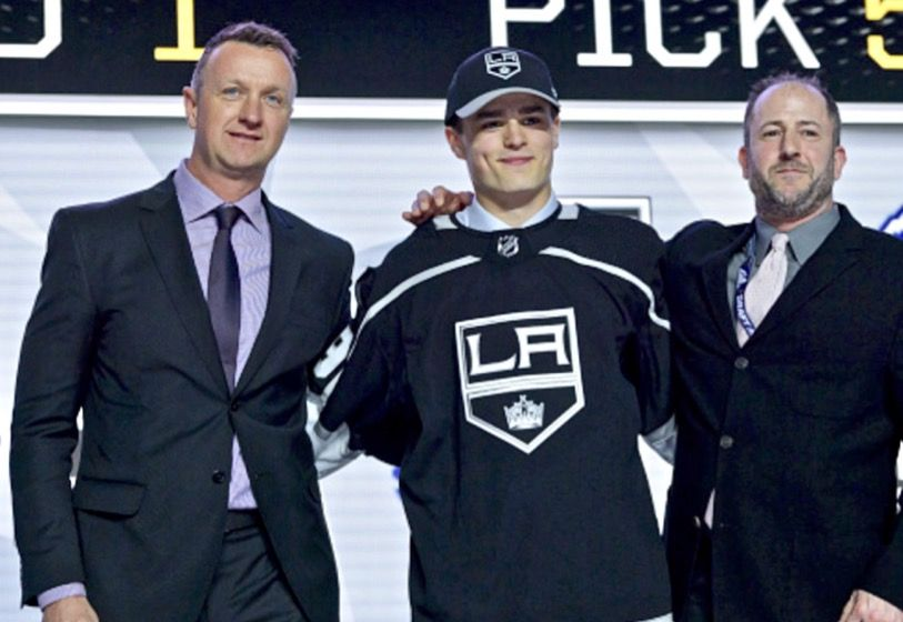 La Kings Have Two Players In Their Crosshairs For 2nd Overall Draft Pick In 2020 Los Angeles Kings La Kings National Hockey League