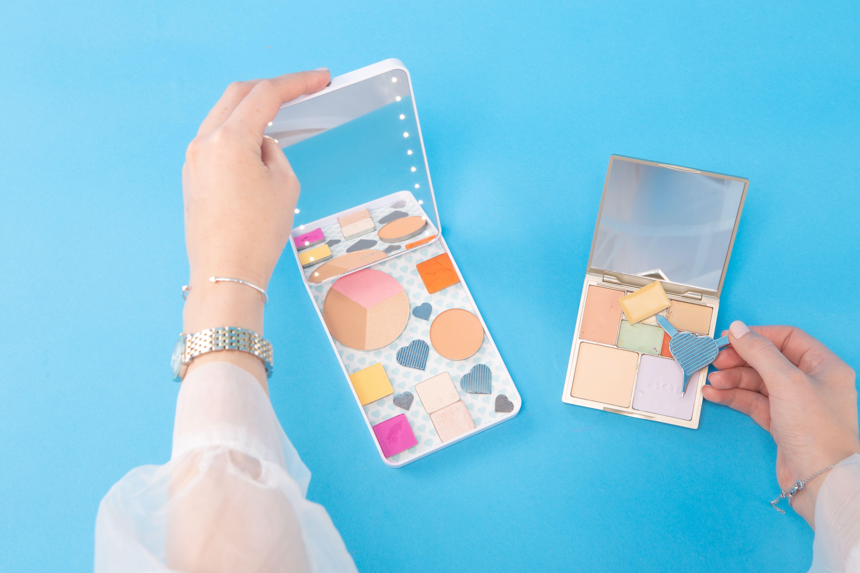 Riki colorful makeup palette, Makeup mirror